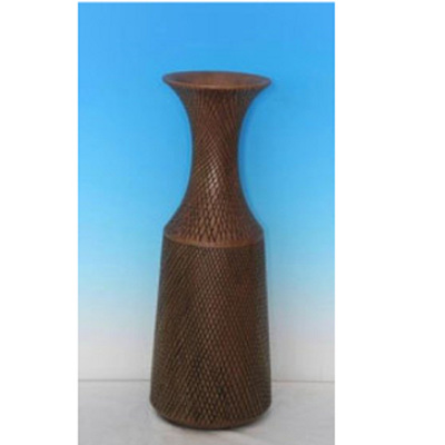 Adder Vase - Walnut/Medium