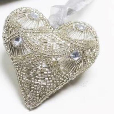 Art Deco Fan Beaded Heart 10cm