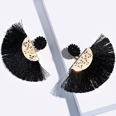 Bachata Tassel Earrings - Licorice