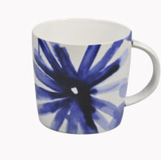 Blue Flower Mug Curved Handle Shiny White 11.8cm