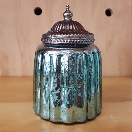 Candle Curve Jar