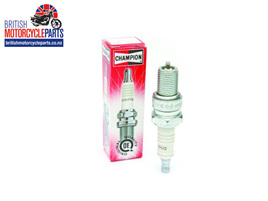 L82C Spark Plugs - Champion L10