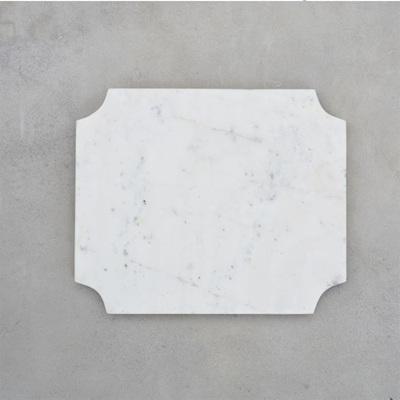 Cheese Board Arced Corners White Marble - 29.5x24.5cm