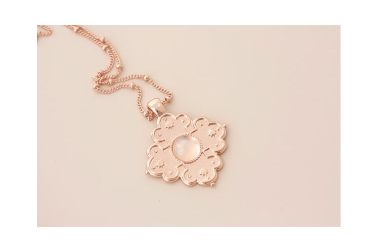 Cloud Nine Full Moon Necklace Rose Gold
