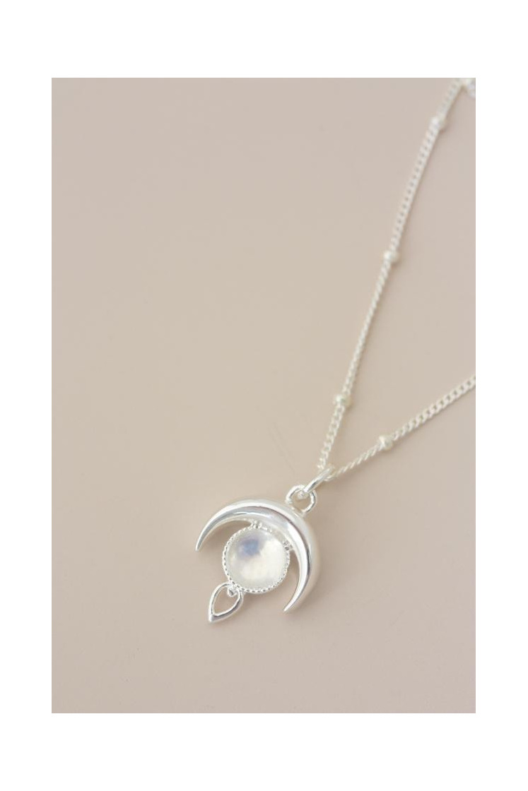Cloud Nine Luna Moonstone Necklace Silver
