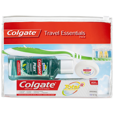Colgate Travel Essentials Kit, Toothbrush, Toothpaste, Mouthwash, Floss & travel bag Pack