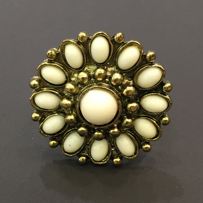 Cream Starburst Ring