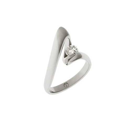 Designer twist platinum band round brilliant diamond engagement ring