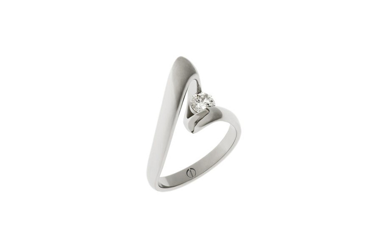 Designer twist platinum band round brilliant diamond engagement ring