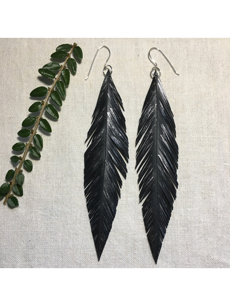 Diverge earrings