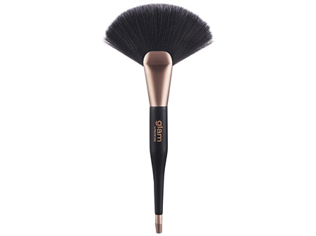 Glam By Manicare GD2 Highlight-Contour Fan Brush