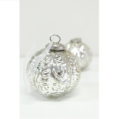 Glass Ball Fluer De Lis Silver 10cm