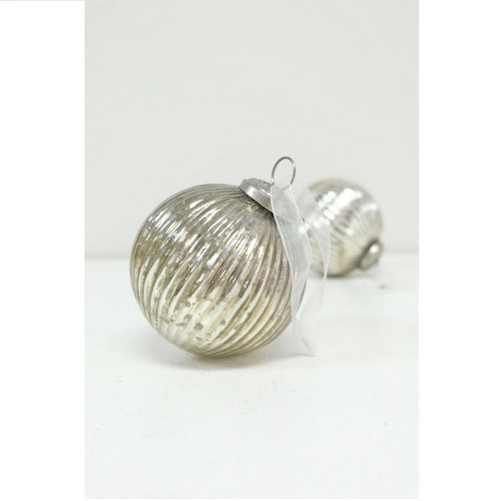 Glass Ball Stripe Silver 10cm