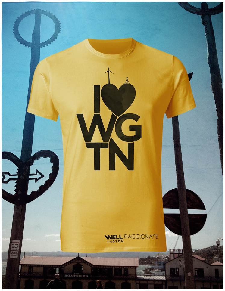 I love Wellington,  black on yellow T-Shirt
