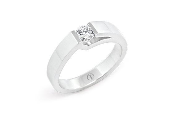 Inspired Lidz Delicate Diamond Ring