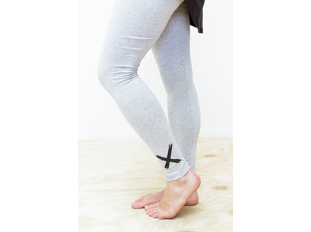 LEGGINGS GREY WITH BLACK X  SIZE 10