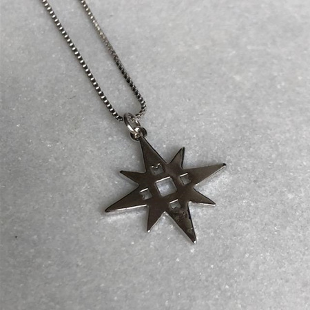 LINDI KINGI SINGLE STAR NECKLACE PLATINUM