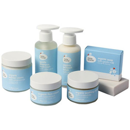 LITTLE WORLD ULTIMATE GIFT SET 475G