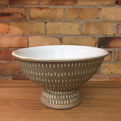 Neith Ceramic Bowl - Olive & White