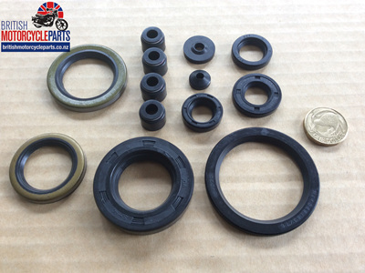 Oil Seal Set - Norton Commando 750/850 1968-75