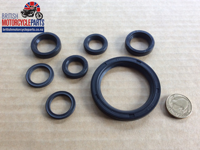 Oil Seal Set - Triumph 750 Twins 1973-82