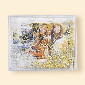 picture frame with sparkles