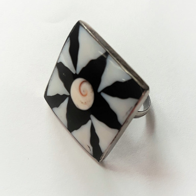 Resin & Shell Square Ring
