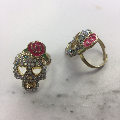 Rose and Thorn Skull Ring