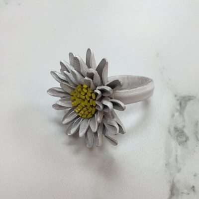 Shasta Daisy Leather Ring - White