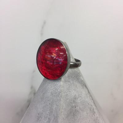 Shell & Resin Ring Round - Cherry