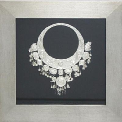 Silver Necklace Art In Brushed Sliver Frame