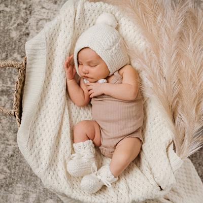 Snuggle Hunny Kids - Ivory Merino Wool Bonnet & Booties Set
