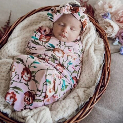 Snuggle Hunny Kids - Pansy Heart Snuggle Swaddle & Topknot Set
