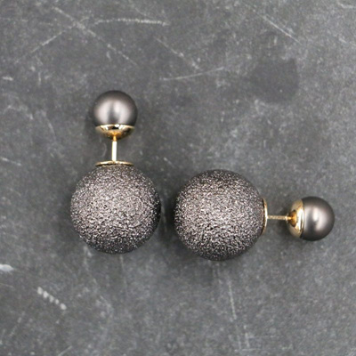 Sorento Stud Earrings - Black
