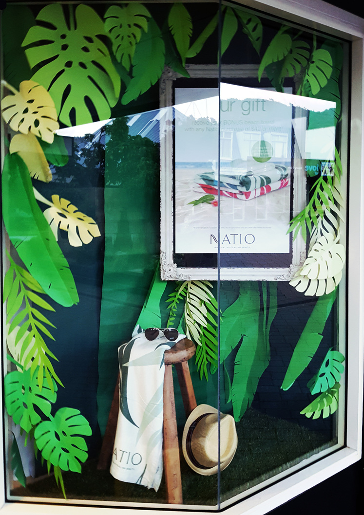 Summer windows 2017. Free beach towel with Natio!
