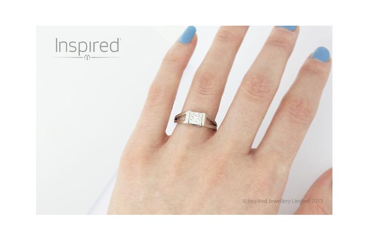 Swing Platinum Princess cut modern diamond ring