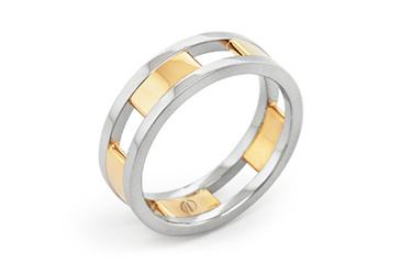 CIRCLIPD DELICATE MENS WEDDING RING