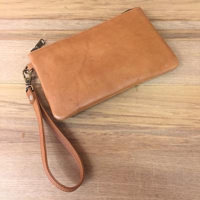 Toronto Clutch - Tan Leather