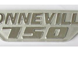83-7252 Bonneville 750 Badge 79on Silver/Grey