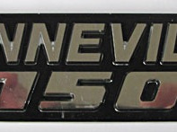 83-7316 Bonneville 750 Badge 1979 on Chrome Black