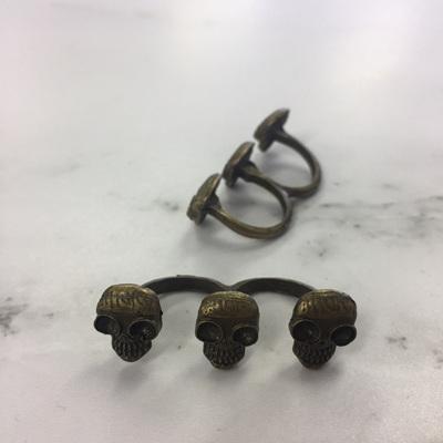 Vilian Triple Skull Head Double Ring WAS $14.90