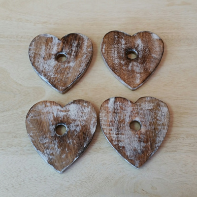 Wooden Heart Coaster On Stand -White Wash S4