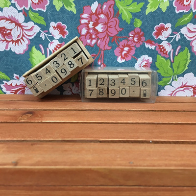 Wooden Numbers Stamp Kit