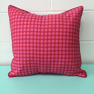 Zen Cushion Spot - Pink/Red