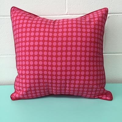 Zen Cushion Spot - Pink/Red